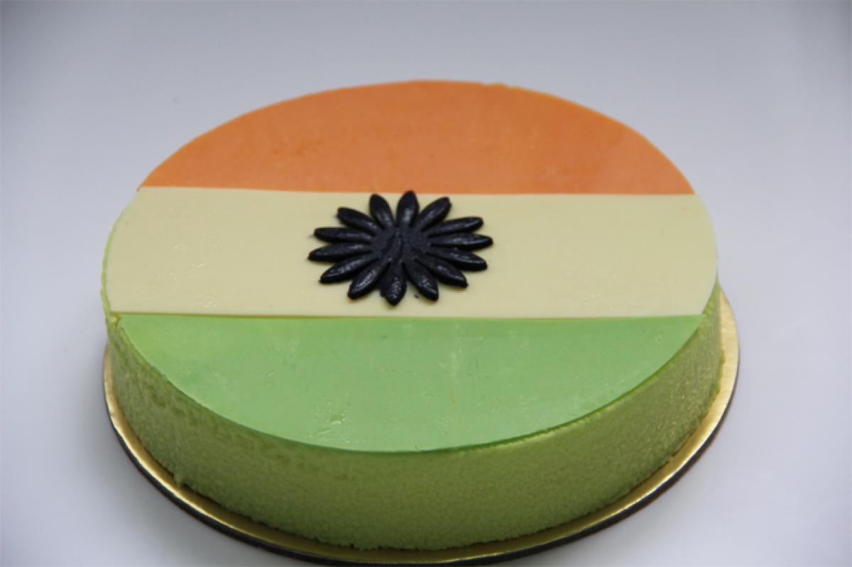Gorge on Tiranga Paneer Tikkas, tricolour pizzas this Independence Day