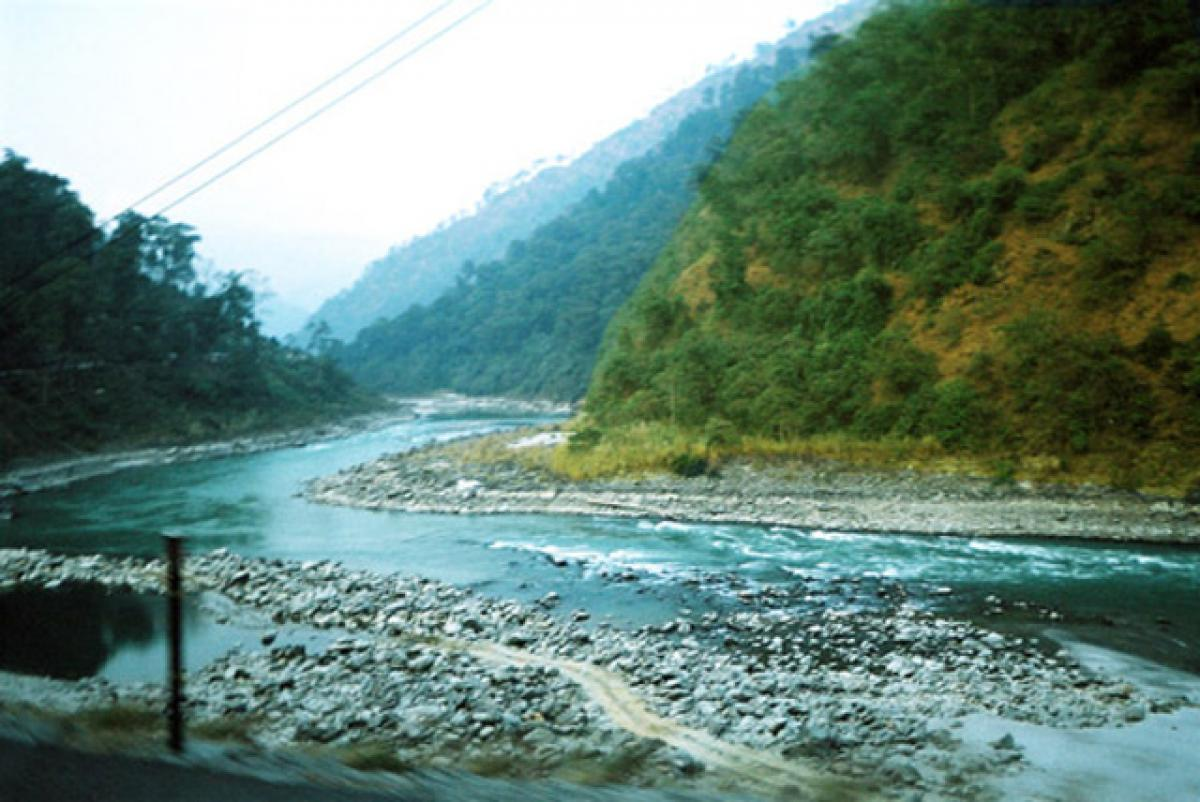 Teesta Imbroglio: Small dams, drought-resistant crops could help