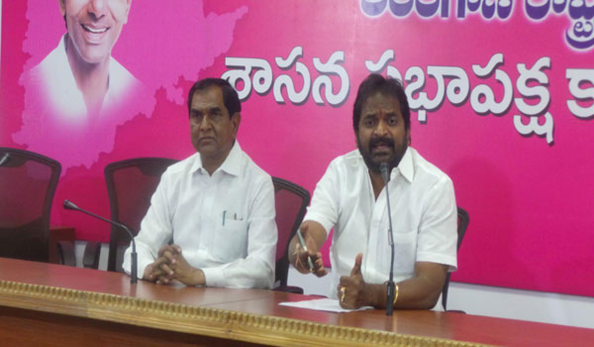 Stop quota  politics: Srinivas Goud
