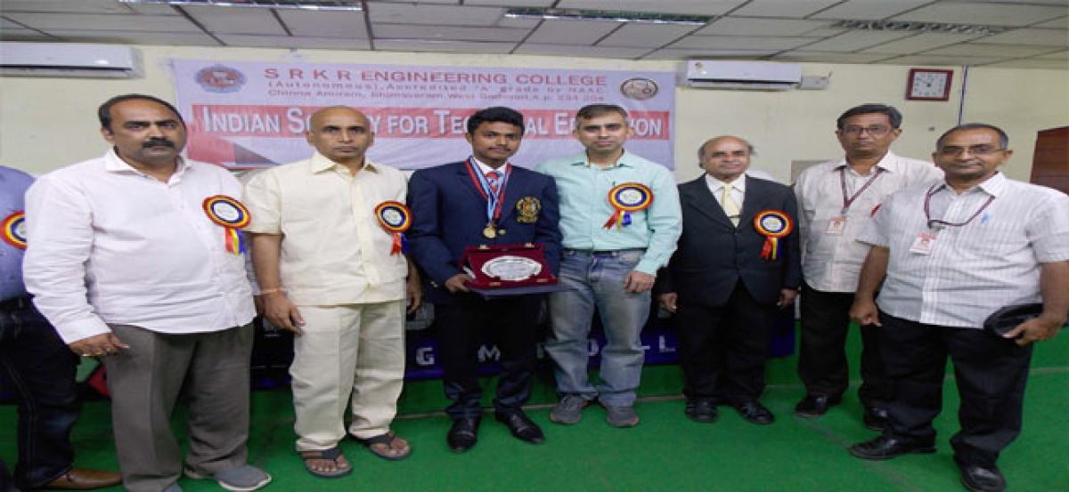 SRKR student wins gold medal in NCC parade