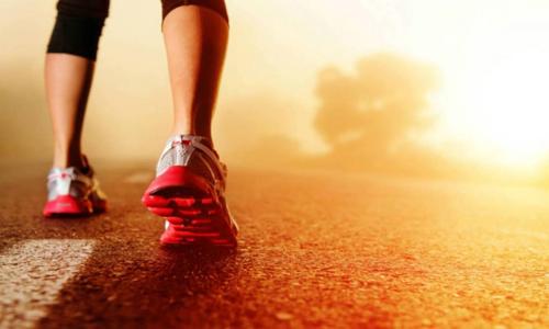 Brisk walk may help keep Alzheimers  at bay