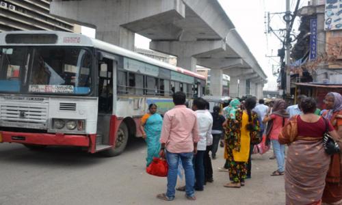 Shabby bus bays put commuters to hardship