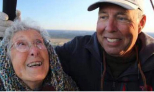 90 Years Old Woman With Cancer Goes On Family Trip
