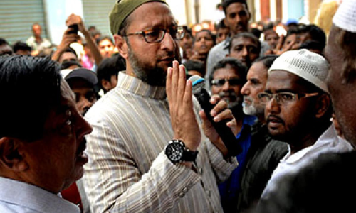 Congress leaders injured in MIM attack