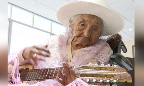 Got enough candles? Julia Flores enjoys 118th birthday in Bolvia