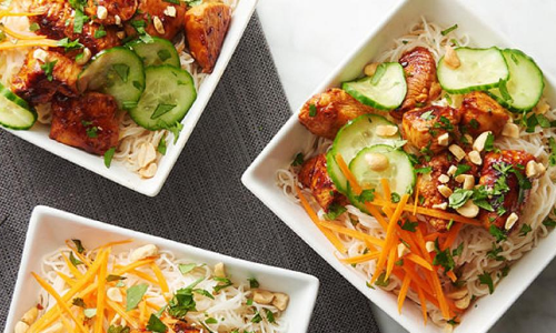 Thai peanut chicken Rainbow Bowls