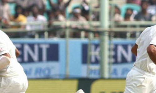 Kohli, Pujara take India to 70 for 2 at tea