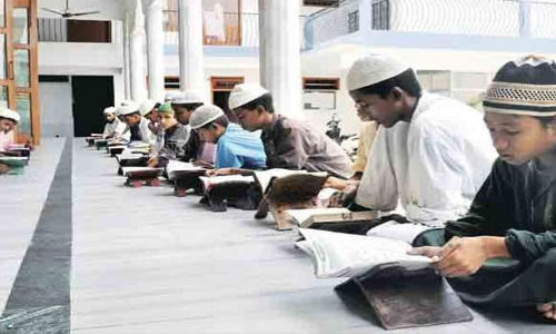HRD Ministry panel pitches for national madarsa board