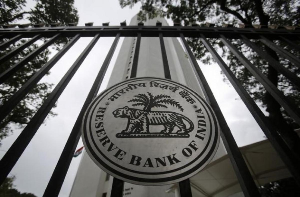 RBIs defence of rupee depletes forex reserves by $3.40 bn