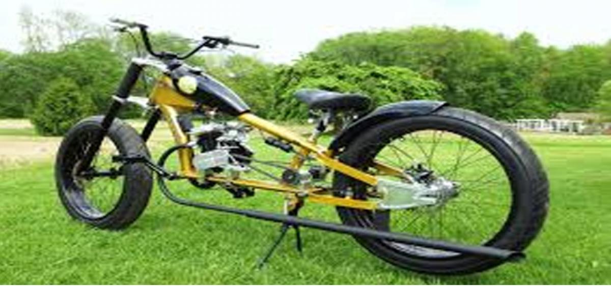 Art teacher develops clutch wheel cycle