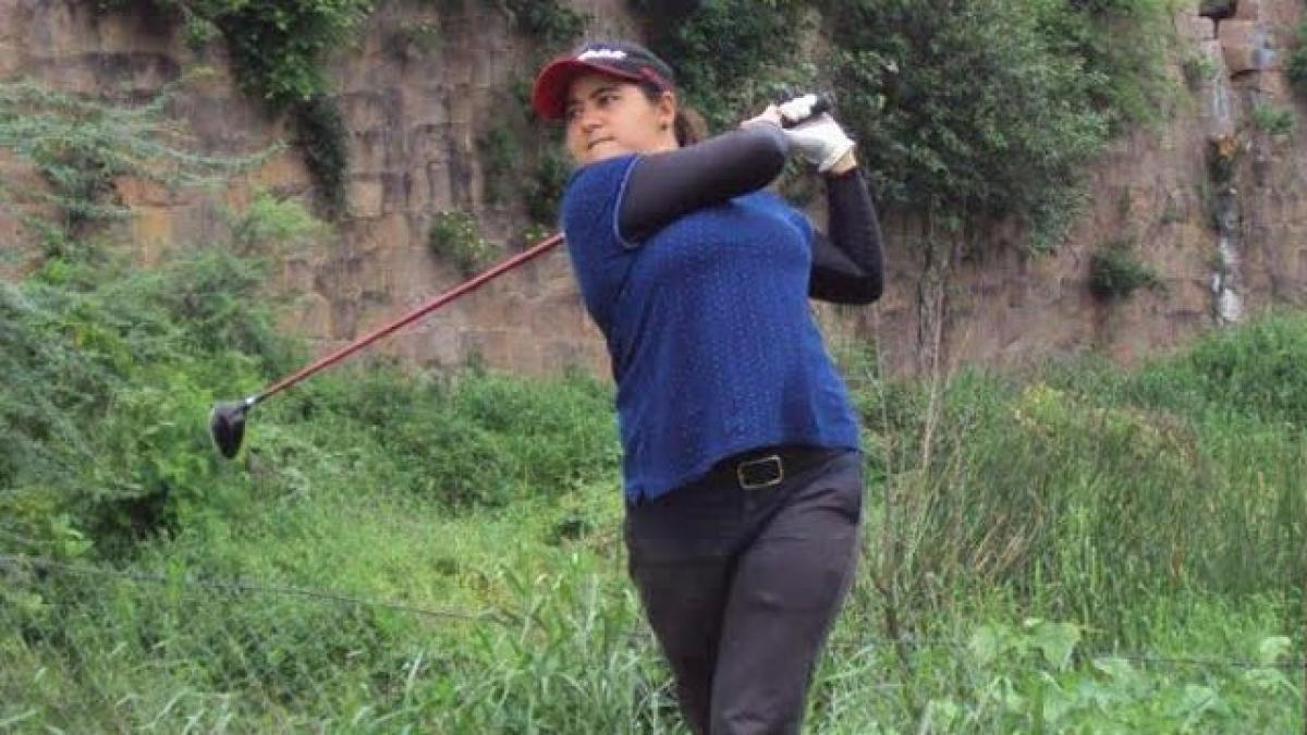 Amandeep leads after first round