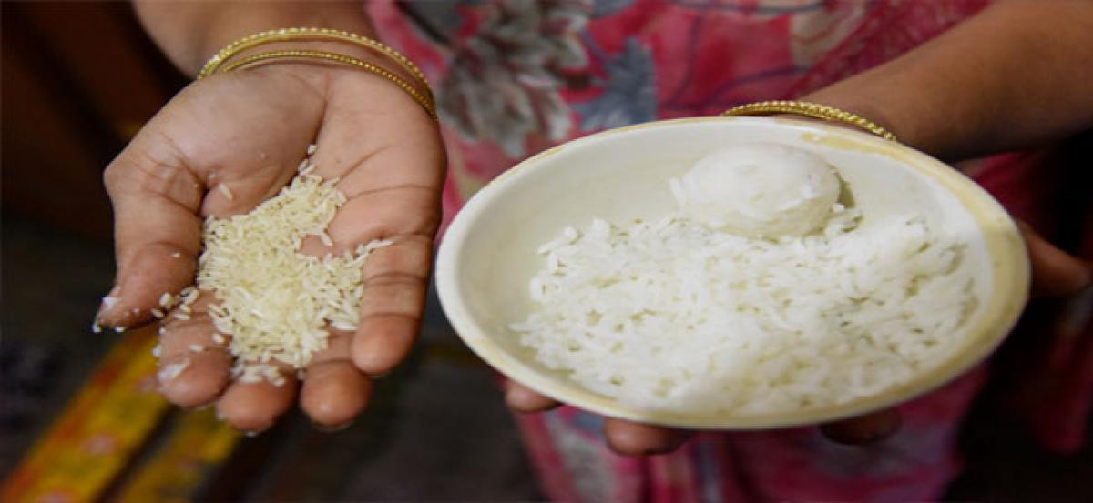 Plastic rice causes flutter in city