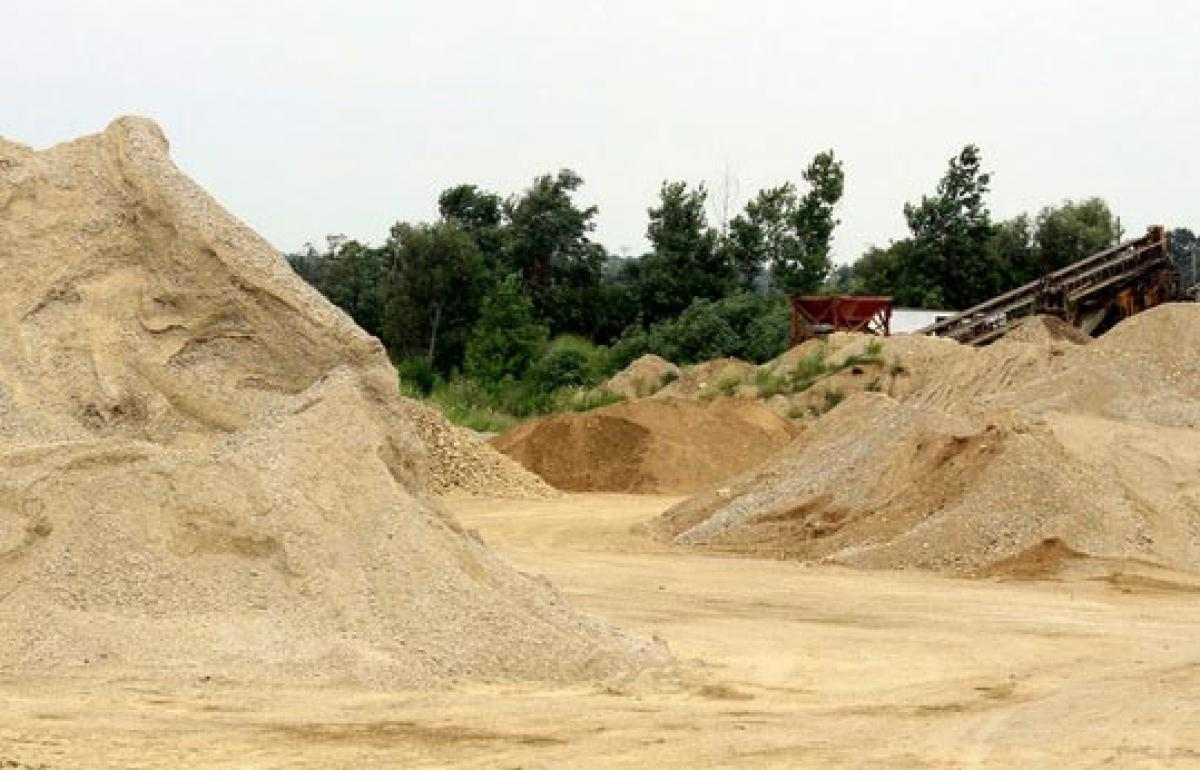 Implement free sand policy in true spirit: Botcha