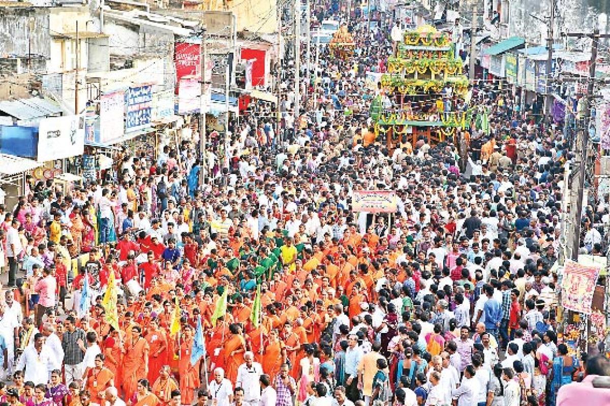 Jagannadha ratha yatra held on a grand note
