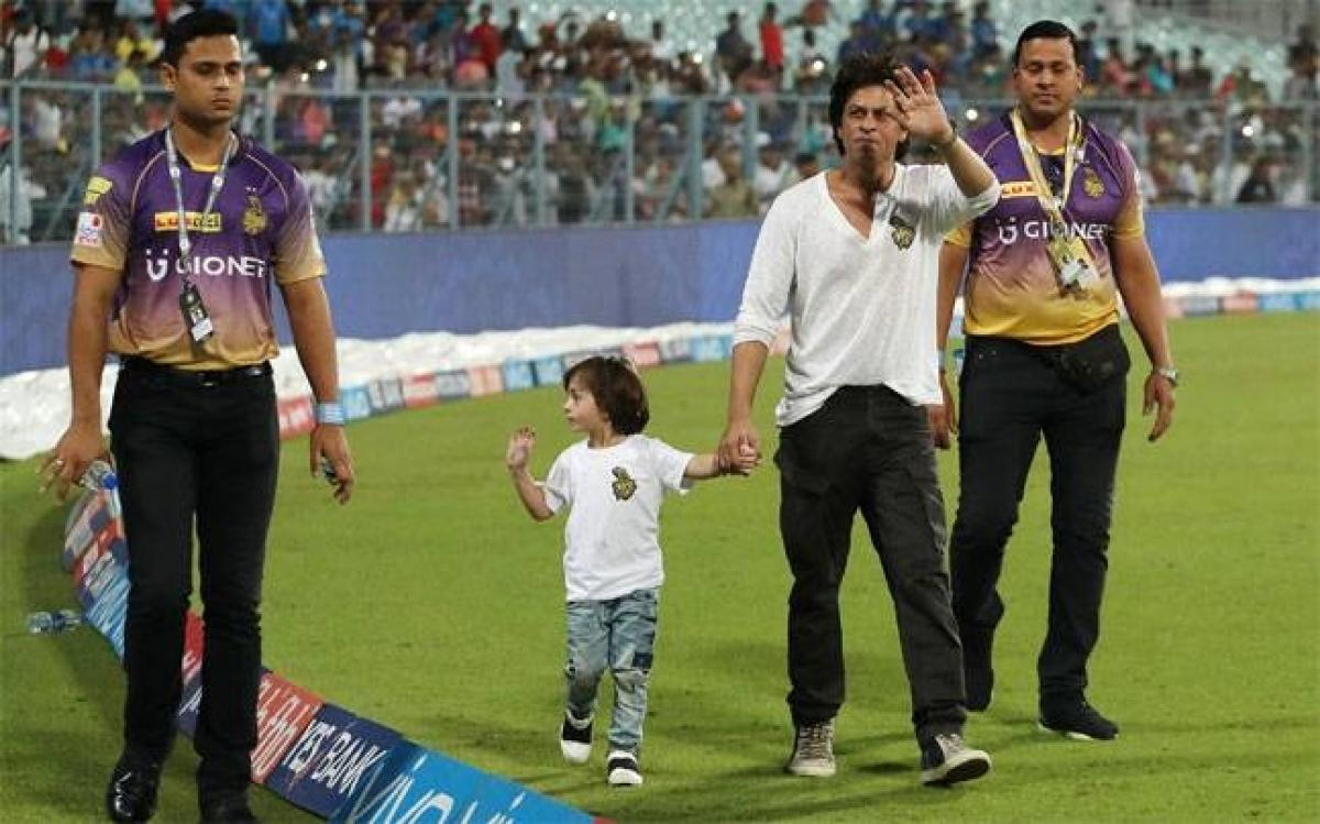 Shah Rukh Khan hopes to return to Eden Gardens with IPL 2017 trophy