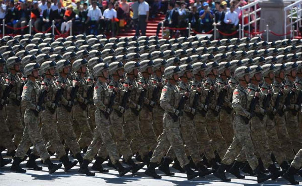 Chinese Military to Layoff 1.70 Lakh Officers: Report
