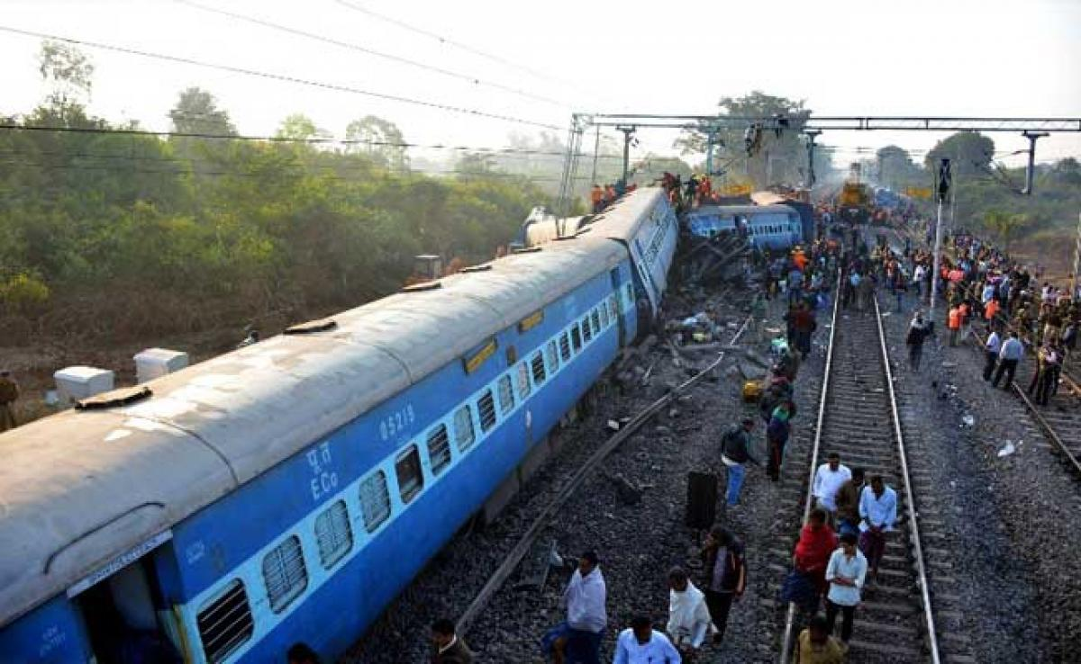 After Hirakhand Express Derailment, Congress Demands Detailed Report On Train Accidents