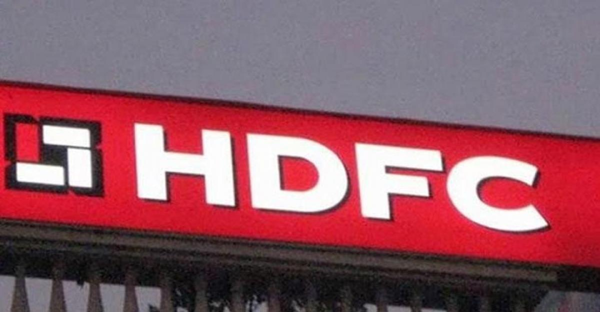 HDFC net rises 2% to 2,106 crore