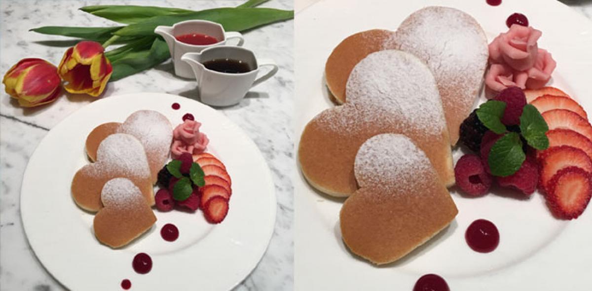 Breakfast In Bed For Mum At Mandarin Oriental, Singapore