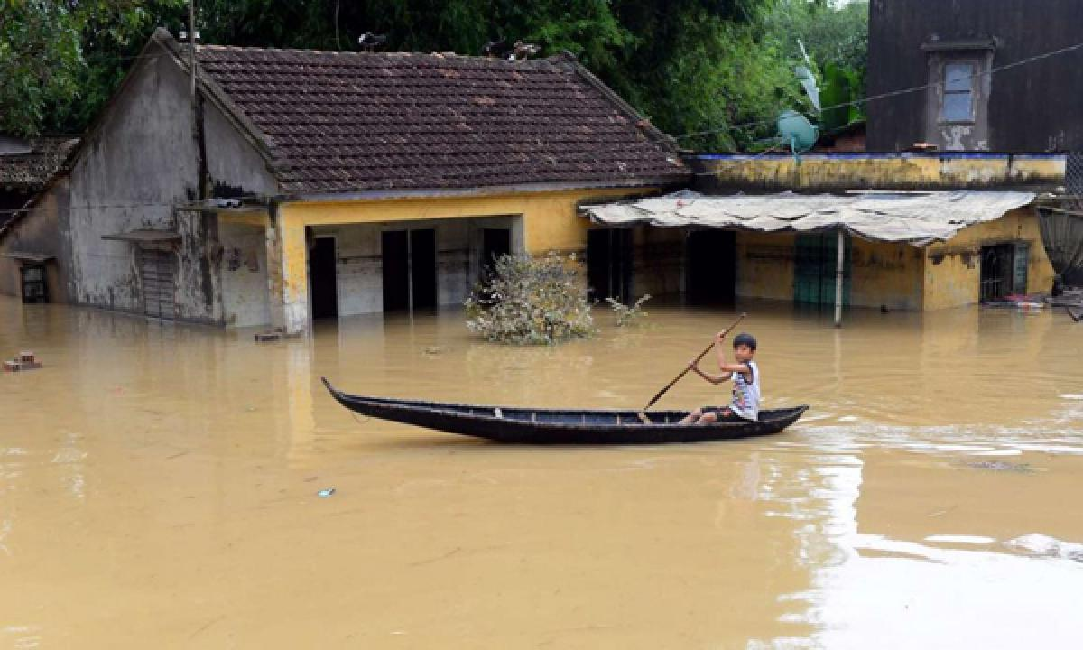 Floods kill 24 in Vietnam, more rains expected