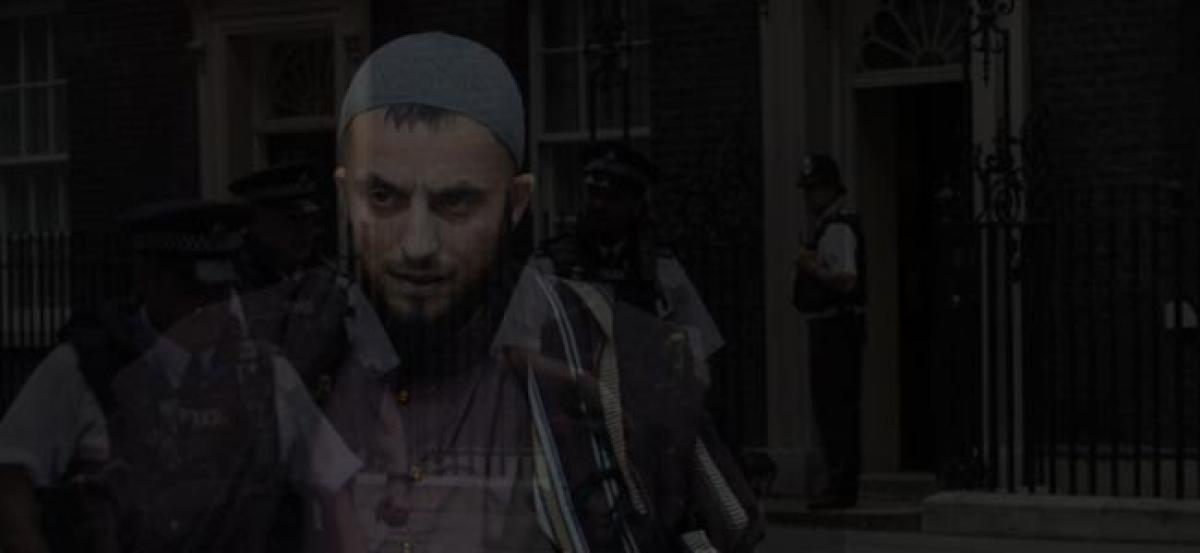 Paedophile gang convicted, shout Allahu Akbar in UK court
