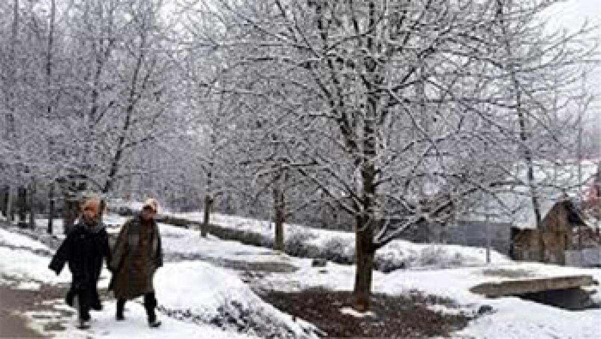 Jammu, Srinagar record coldest night of season