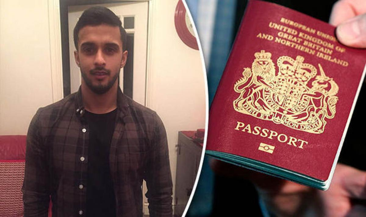 Despite having US visa, British Muslim teacher denied entry
