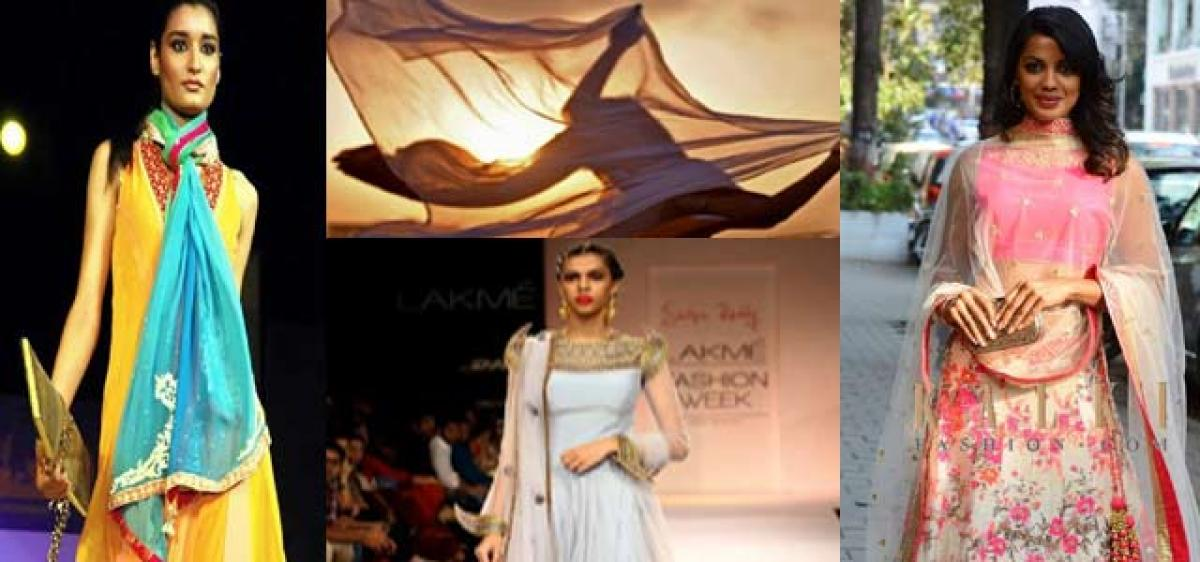 Different drapes of the dupatta