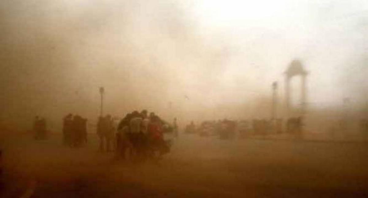 Rain, duststorm in Delhi, NCR