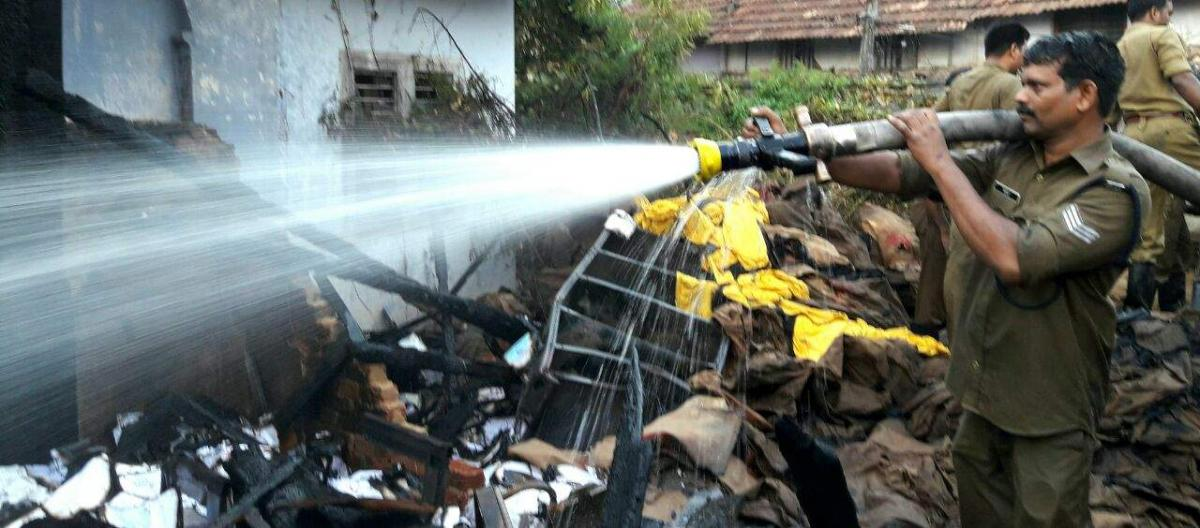 Fire doused near Padmanabha Swamy temple