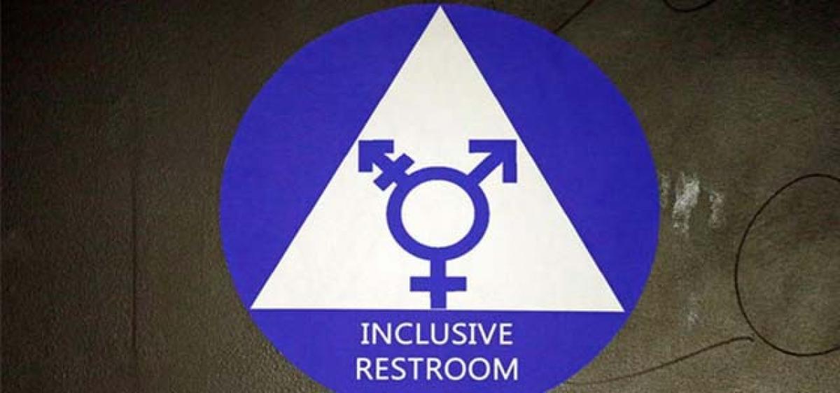 Trump team revokes loo rules for transgenders