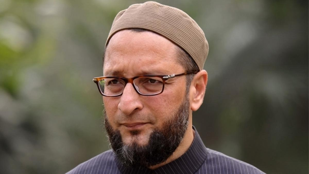 Owaisi slams PM Modi for not mentioning contribution of Muslim soldiers in Shivajis army