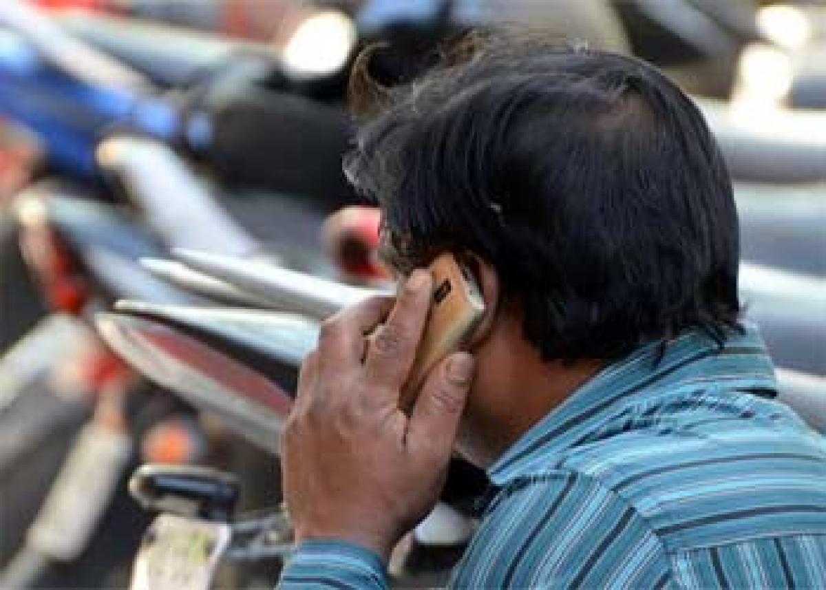 TRAI to propose call drop damages by Oct 15