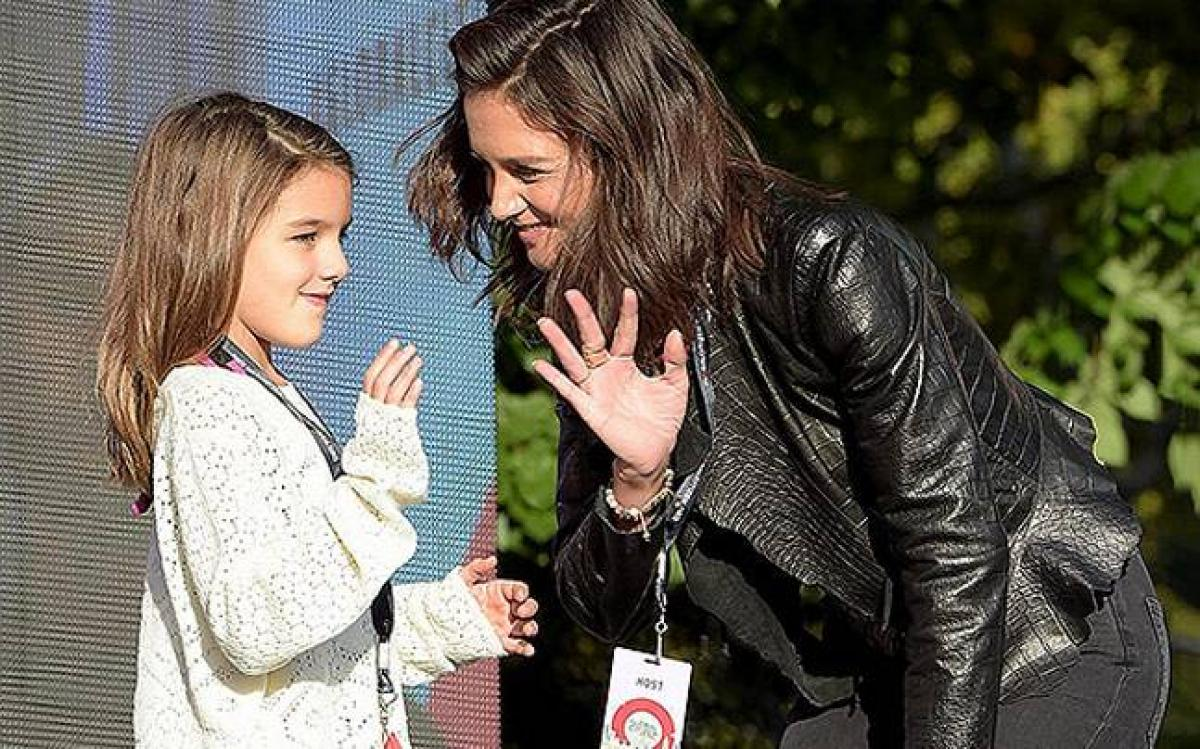Suri Cruise turns 10, Katie Holmes celebrates on Instagram