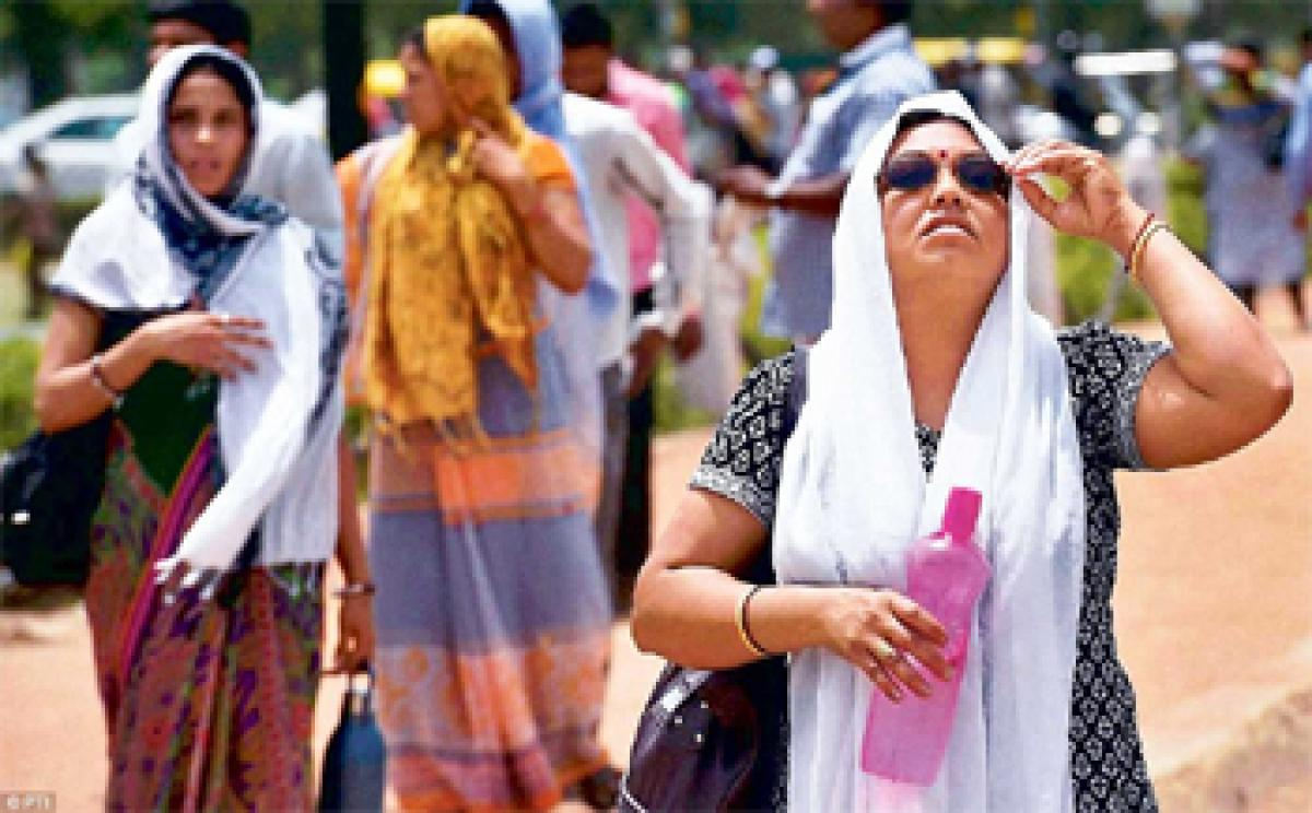 Heat wave woes: Above normal temperature recorded across India