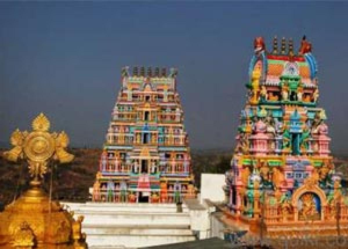 Yadadri temple works to be completed in one year