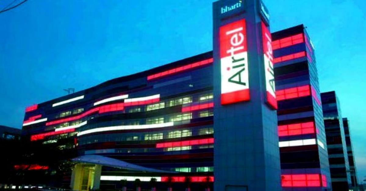 Bharti Airtel stock gives up initial gains, falls 2 pc