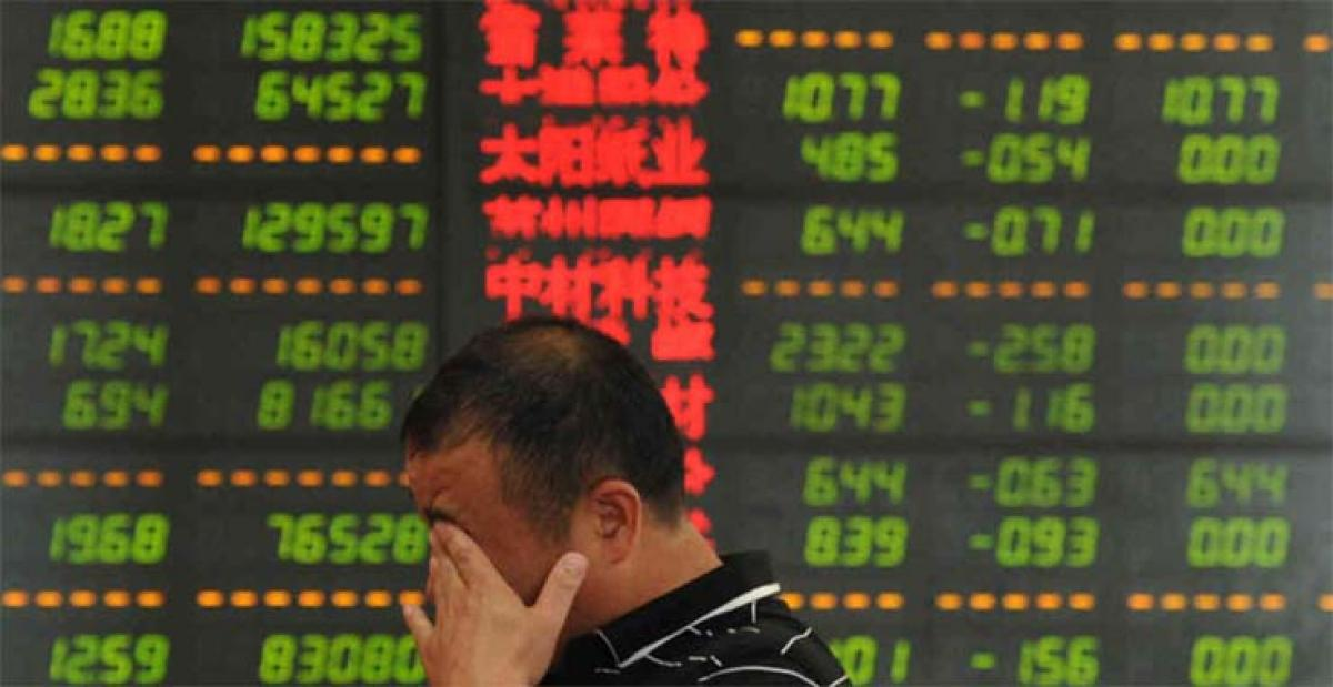 Chinese stocks sink below 3,000 points