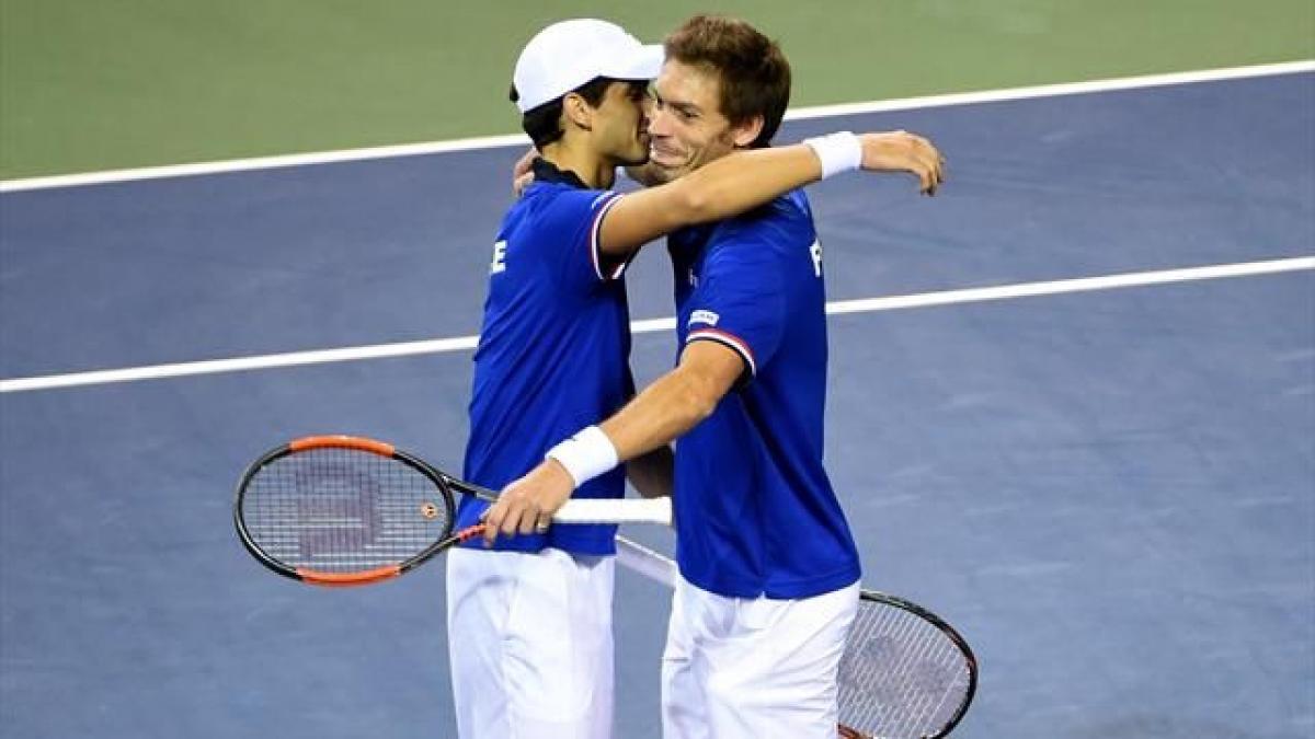 Australia, France and U.S. progress in Davis Cup