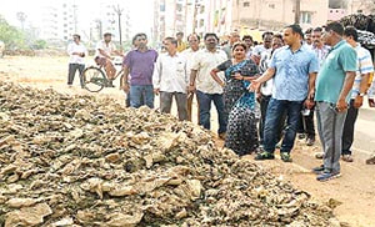 Prioritise sanitation on city outskirts