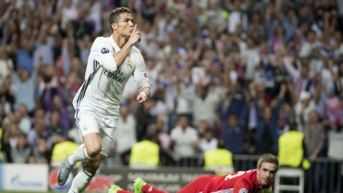 Cristiano Ronaldos hat-trick takes stride in Real Madrid win