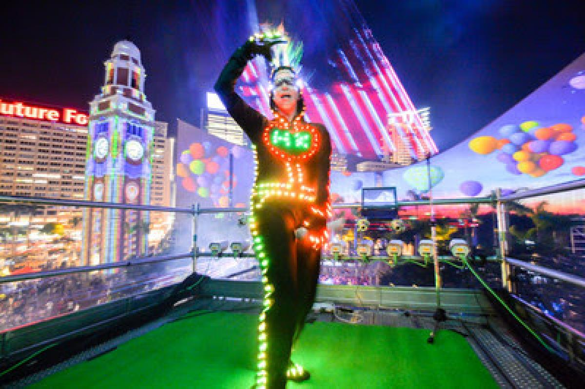 Hong Kong Pulse 3D Light Show presents the Ultimate Summer Bash