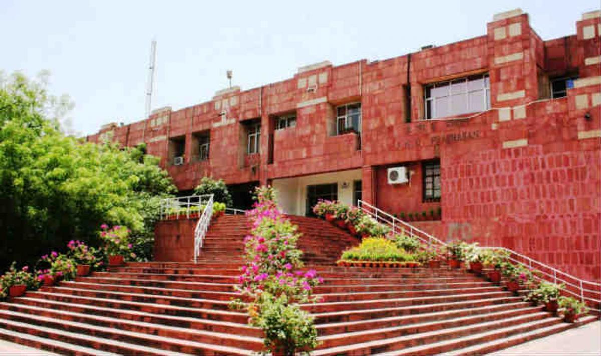 JNU students stir 'peaceful', says police; University disagrees