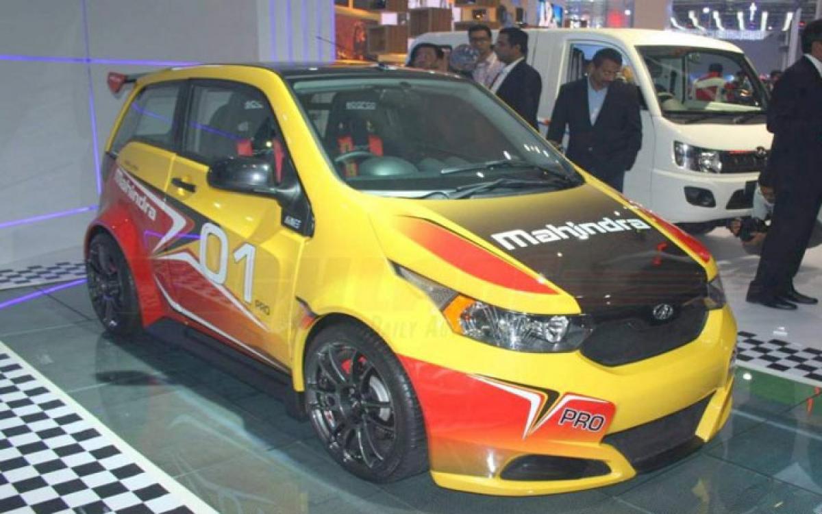 Mahindra e20 Sport features Auto Expo 2016