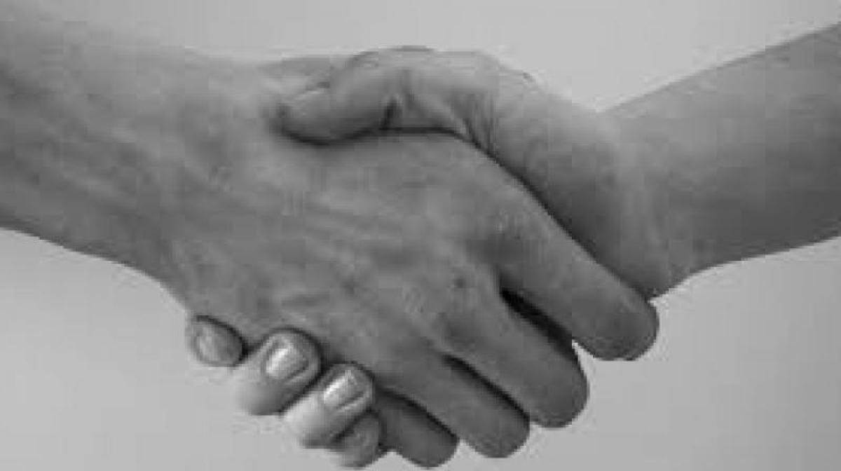 Aussie schools male Muslim pupils spared from shaking hands with women