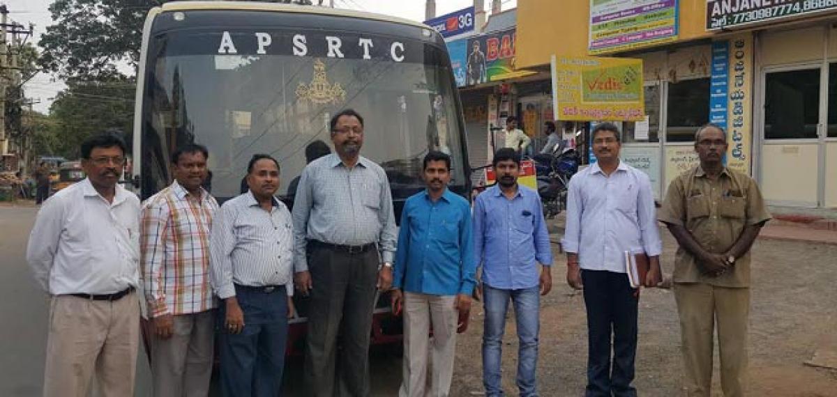 APSRTC introduces mini buses in Guntur