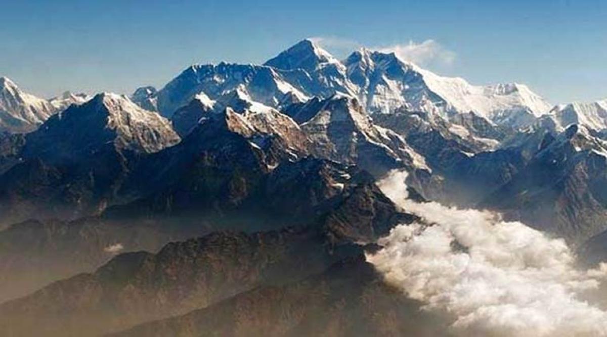 Australian trekker dies near Mount Everest base camp
