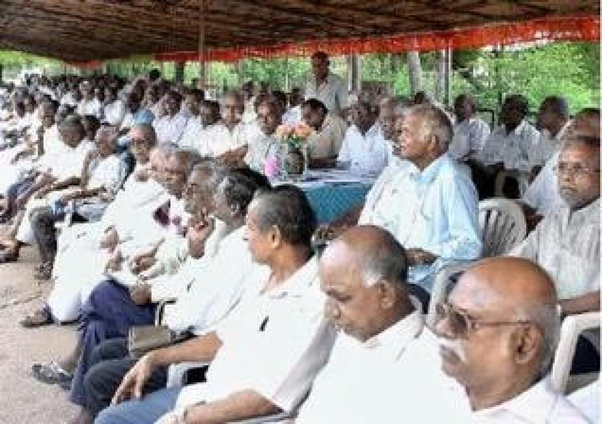 Retired employees felicitated