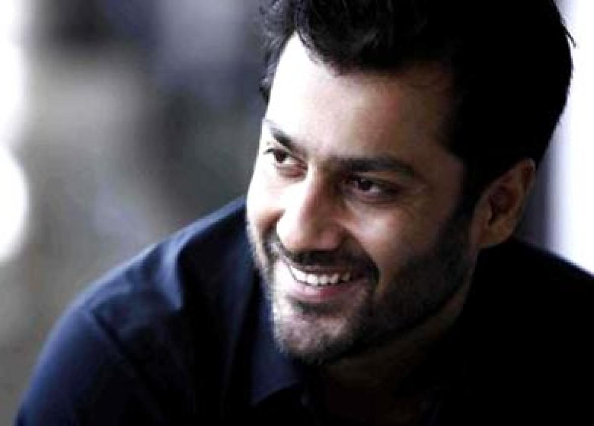 Abhishek Kapoor defines `Fitoor` as deep red rose