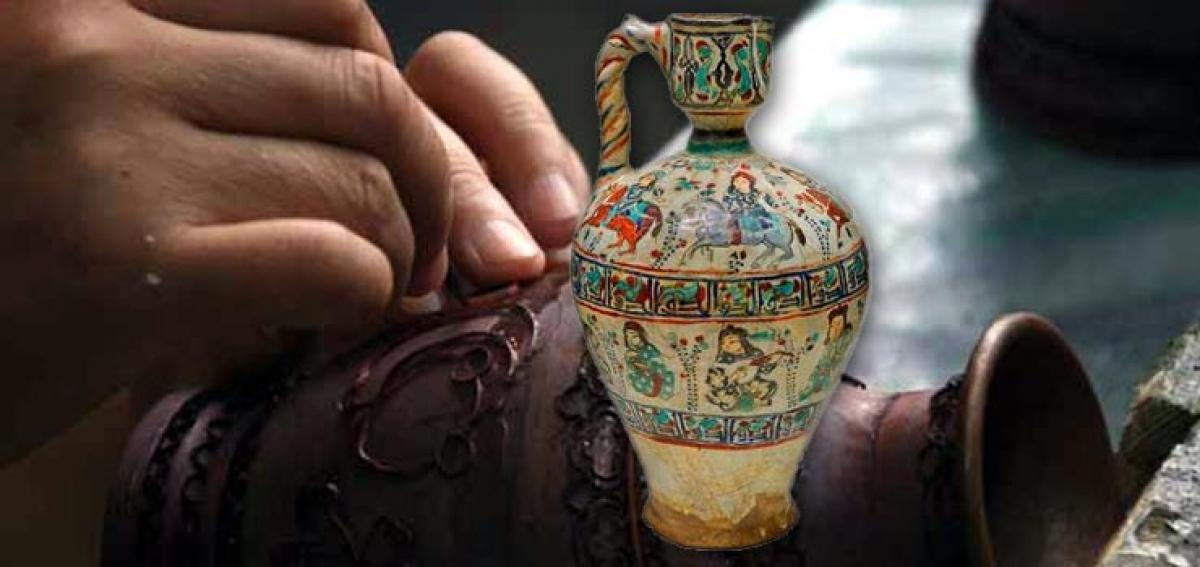 Chinese vase fetches a fortune at UK auction